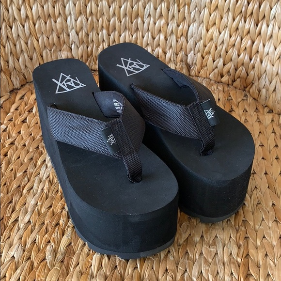 567059fbaf1c YRU Shoes | Nib Black Platform Flip Flop Thong Sandals | Poshmark